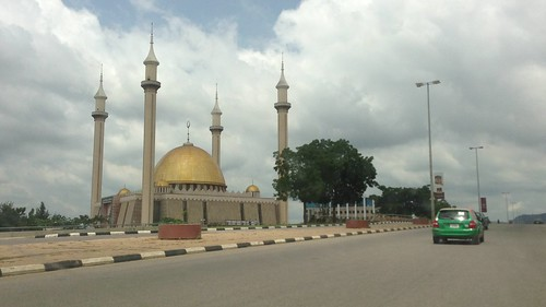 Abuja National Mosque - Abuja, FCT by Jujufilms