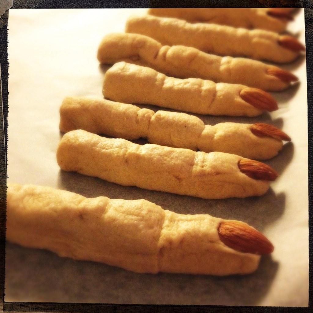 creepy halloween food