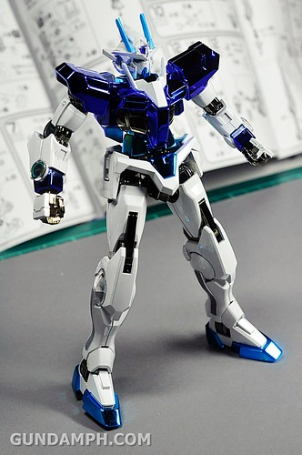 ANA 00 Raiser Gundam HG 1-144 G30th Limited Kit OOTB Unboxing Review (39)