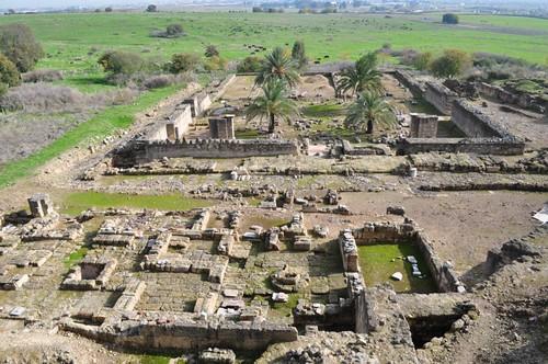 Los restos de una lápida conmemorativa situó la construcción de La Mezquita de Alhama en el año 944 d.C. Se encuentra orientada hacia La Meca (sureste) Medina Azahara, el capricho del primer califa de Al-Andalus Medina Azahara, el capricho del primer califa de Al-Andalus 8176229090 424f786882