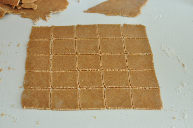 homemade wheat thins 03
