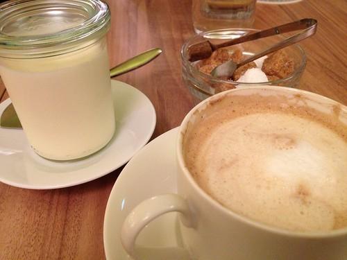 カフェモカとレアチーズ@オーチャード カフェ(Orchard Cafe)
