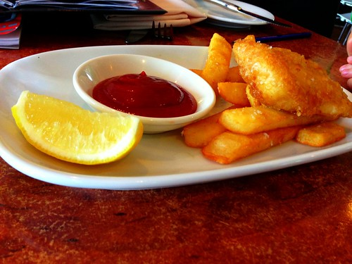 Kids fish & chips