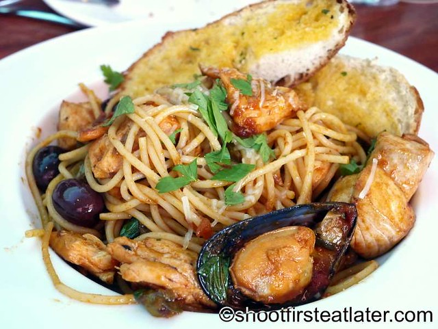 spaghetti con frutti di mare P720