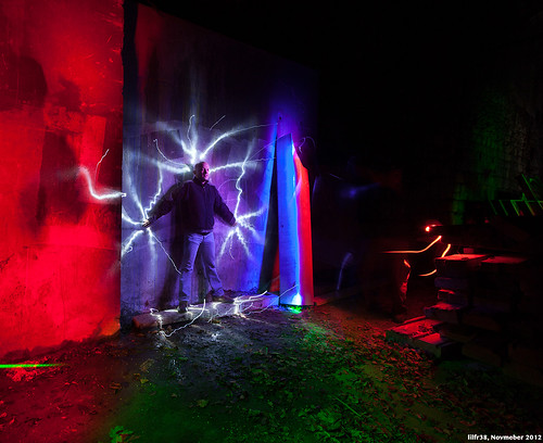 Light Painting Session #2 - Electrified by LilFr38