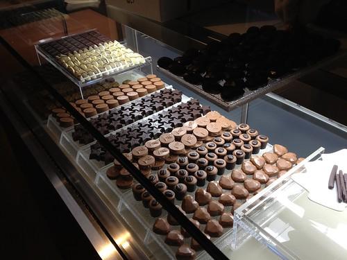 ベルギーのチョコも売っています。1個210円から@Cafe Entree