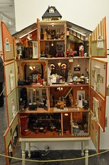 Vista edificio en miniatura abierto