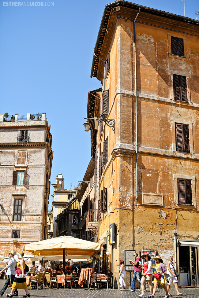 Near Pantheon When in Roma Day 1 | What to do and see in Rome in 48 hours | Travel Photography