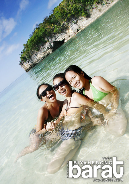 swimming in puting buhangin beach pagbilao quezon