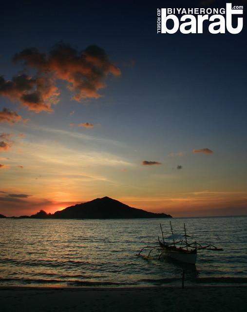 sunset in silanguin Cove beach zambales san antonio