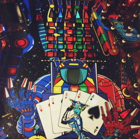 Inside-the-pinball-machine
