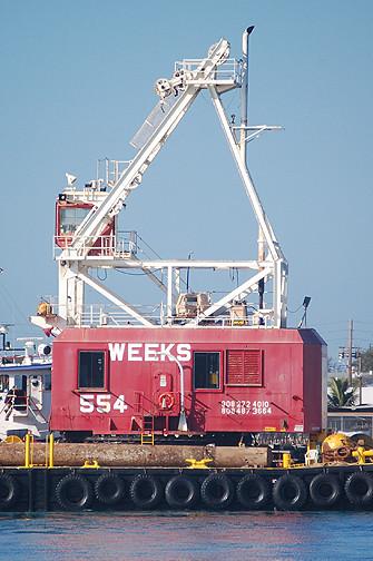 Weeks 554 crane detail