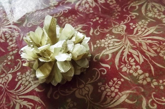 PaperKrafts: Recycled giftwrapping tissue - 1