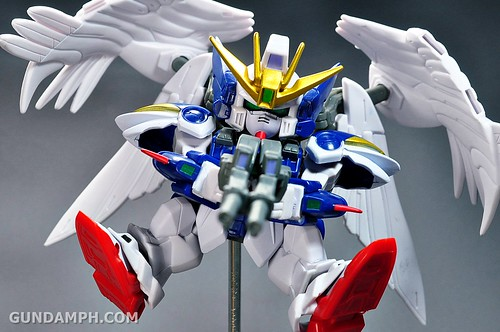 SDGO Wing Gundam Zero Endless Waltz Toy Figure Unboxing Review (35)