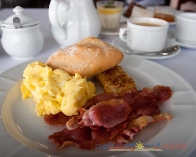 Breakfast at Antonio's-36.jpg