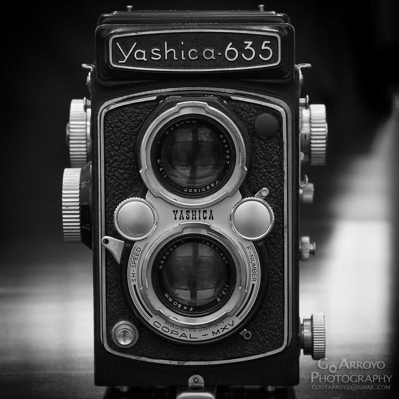 Yashica 635 TLR