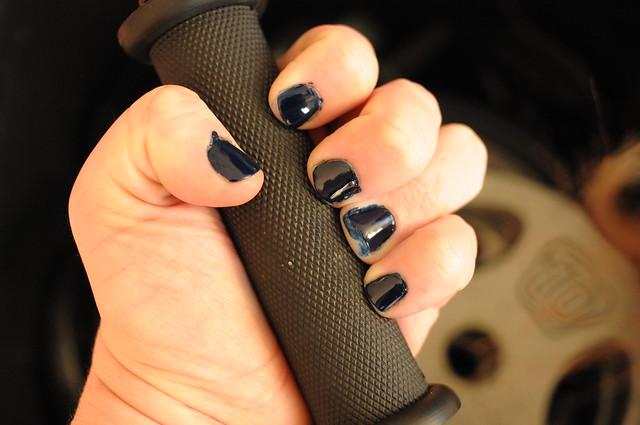 Iron manicure