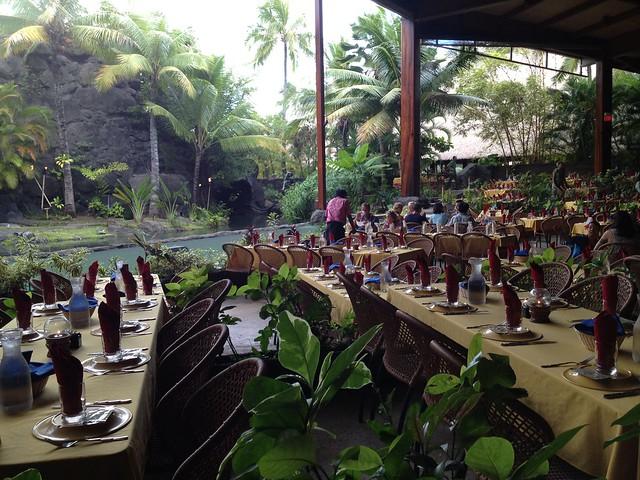 Ali'i Luau dining area
