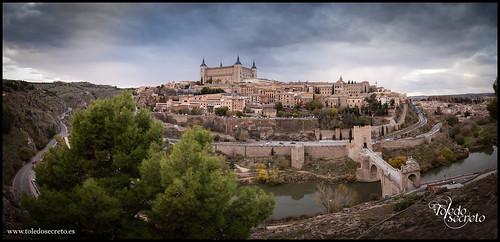 Panorámica desde los jardines del Castillo de San Servando