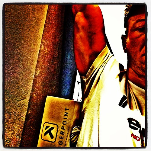 Release the lats #triggerpoint #therapy #regen #warmup #facia #training @tptherapy