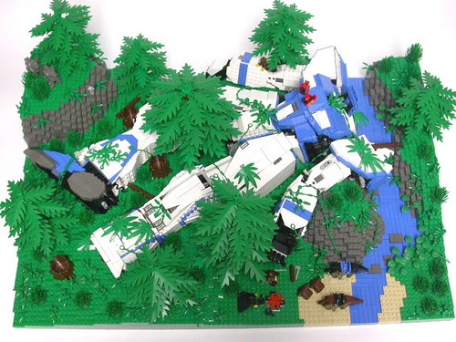 LEGO Forest Sentinel mecha diorama by Adrian Drake