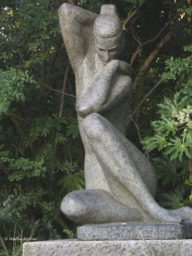 Escultura de Mulher by lusografias