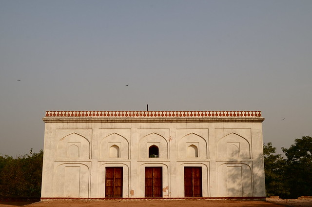 humayun's tomb, building, mughal architecture, delhi, new delhi, yamuna river, red doors, india