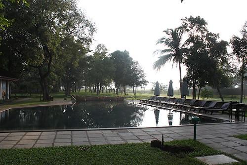 IMG_6967-Gimanhala-hotel-pool