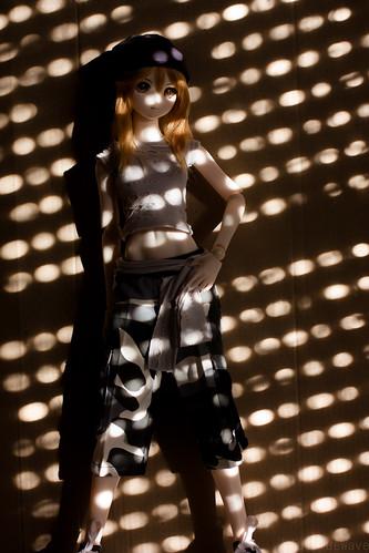Tsukiko in the shadows