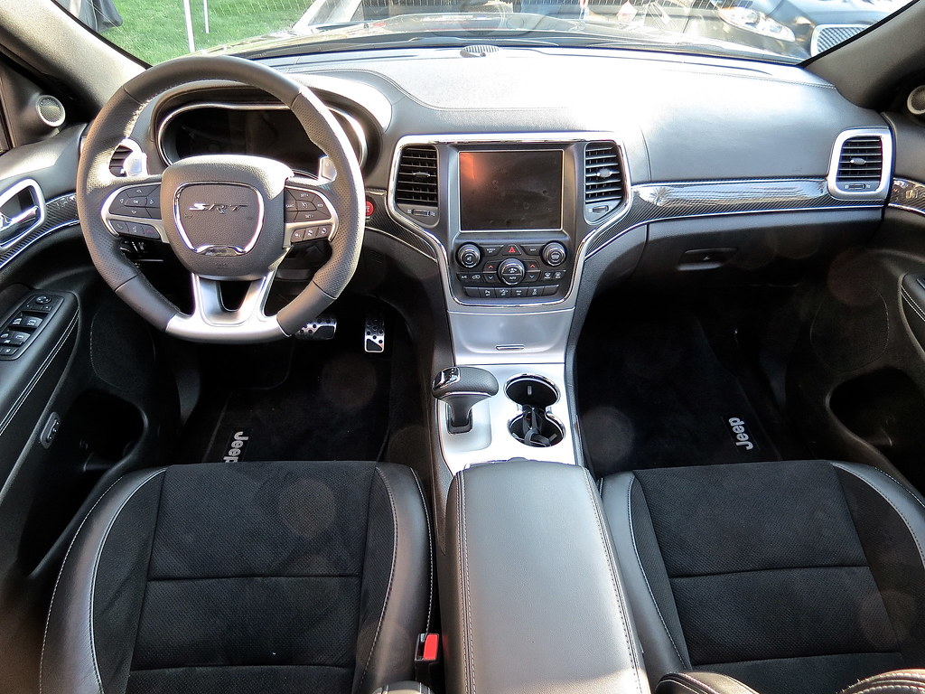 2014 Jeep Grand Cherokee SRT-8 Interior