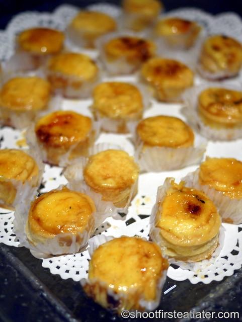 Bizu Private Caterer- creme brulee in vol-au-vent