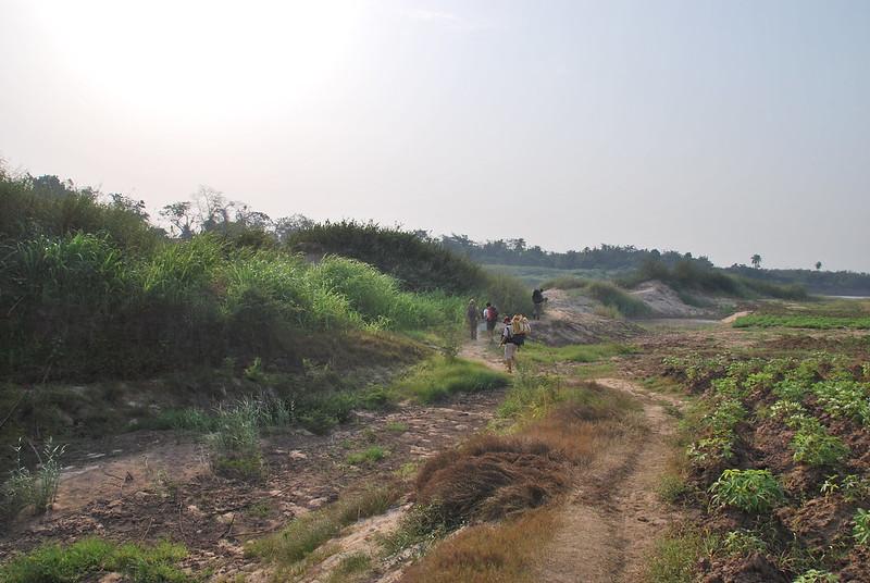 Vers le village de Gnanhouizoume, près de Bonou