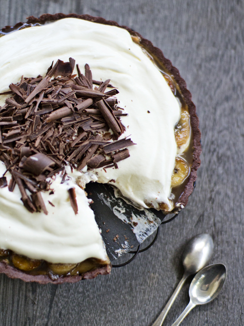 chocolate passionfruit banoffee pie