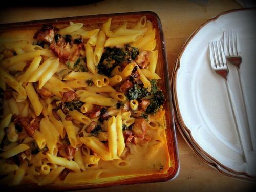 Vegan Pumpkin Macaroni + Cheese