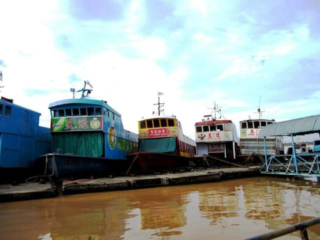 Sibu floating shops