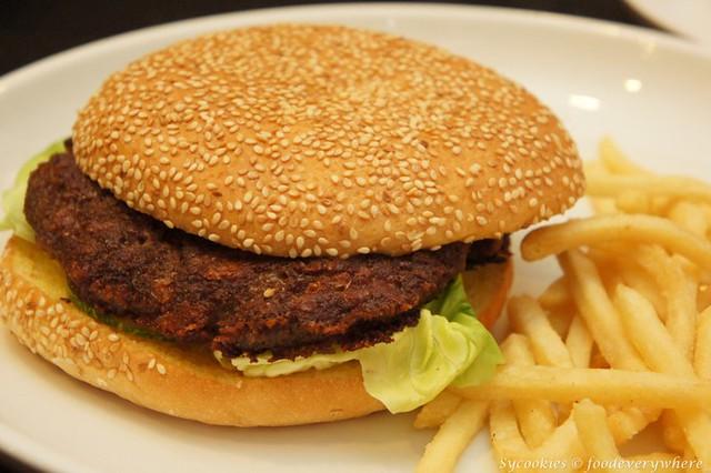 6.Lamb Burger with Fries (5)