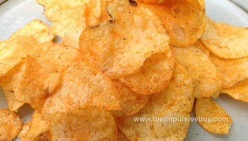 Lay's Do Us a Flavor Finalist Sriracha Potato Chips Closeup
