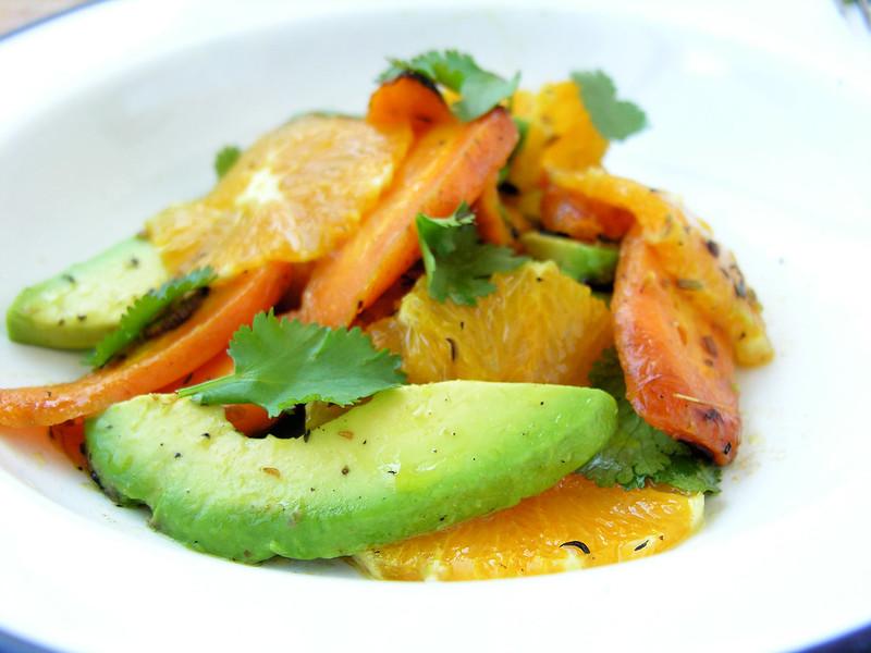 Carrot, avocado salad / Salada de cenoura, abacate e laranja
