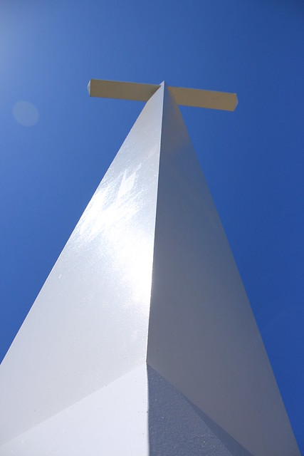 Hunters Chapel Cross