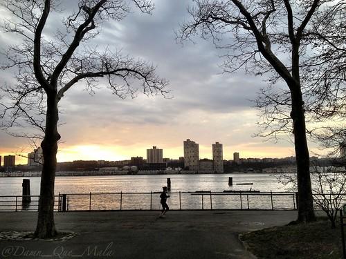 Evening Jog by damn_que_mala
