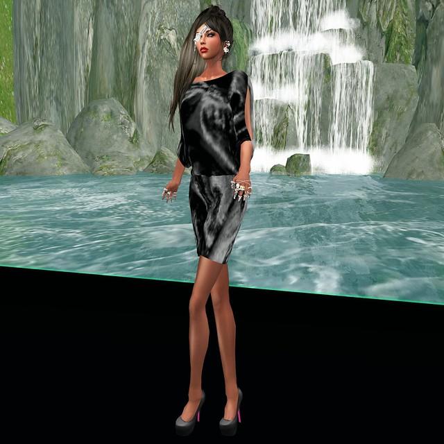 Noir Beauty from EVOLVE