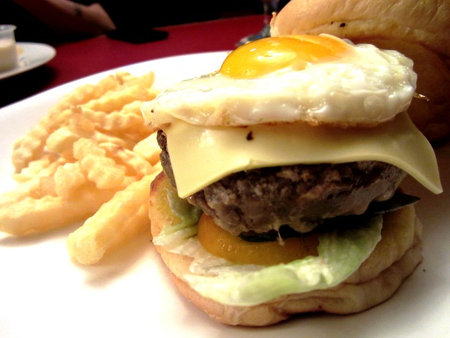 SG beef cheeseburger 1