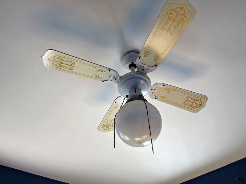 Old ceiling fan
