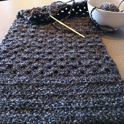 Progress!  #scarf #grannystripe #homespun by @lionbrandyarn