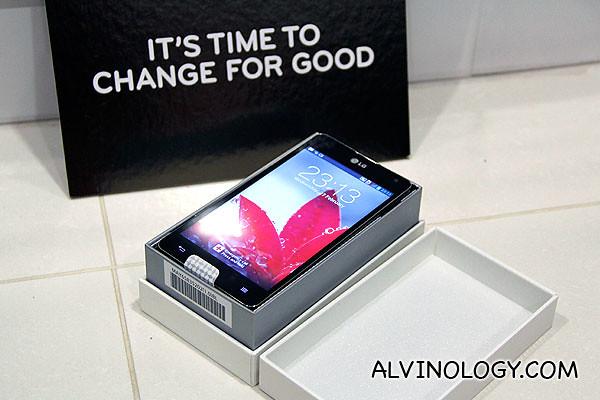 LG Optimus G unboxed