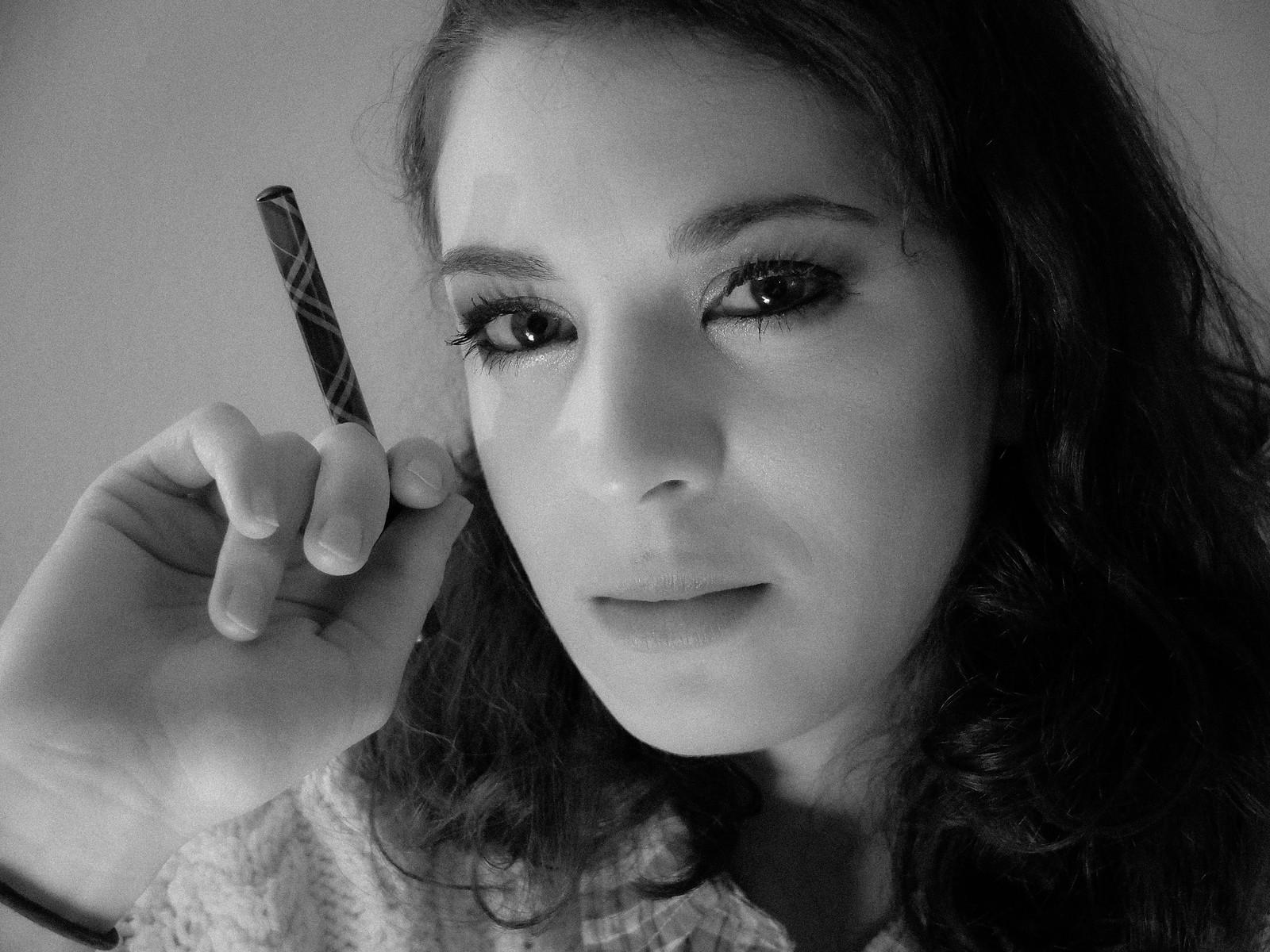 Sarah Noir by wwward0