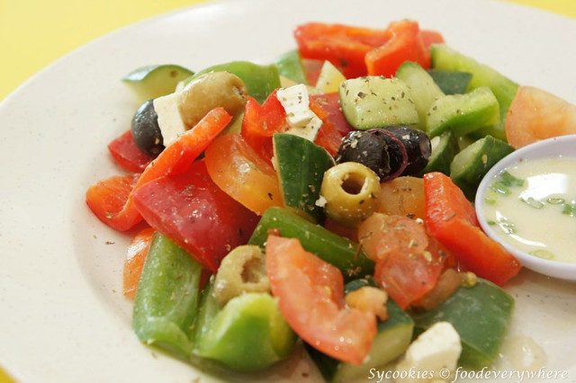 18.greek salad-chargrill express (1)