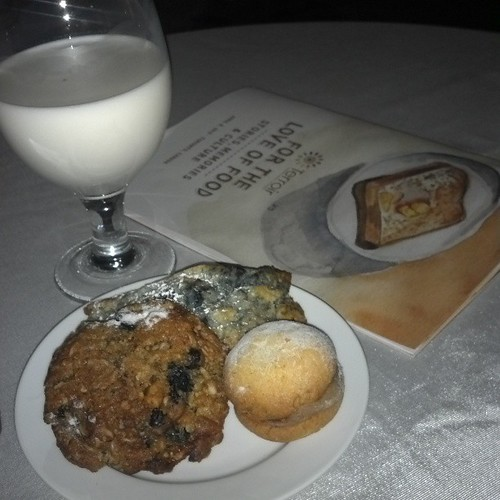 Milk and cookie time  @terroirtalk #terroir7