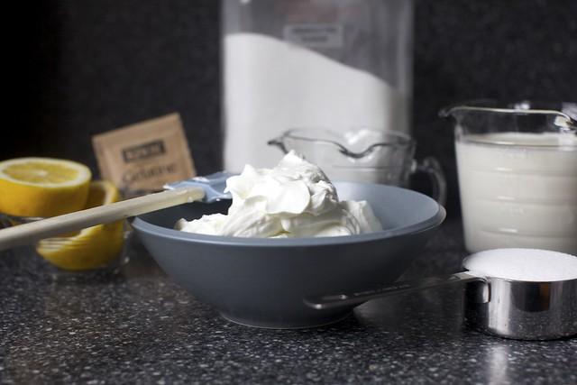 lemon, gelatin, sugar, milk/cream, yogurt