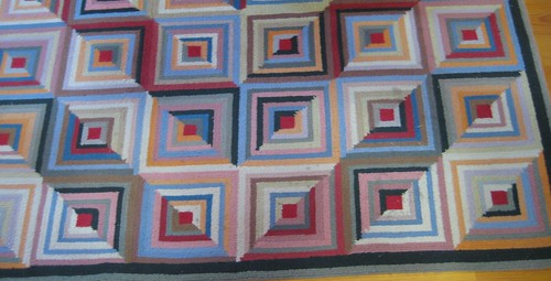 Looks like a quilt..but it's a rug!